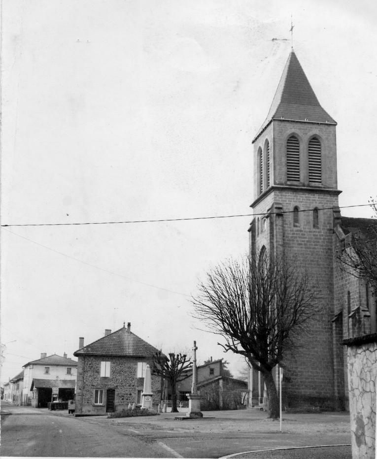 DH009-place de l'église avant réfection
