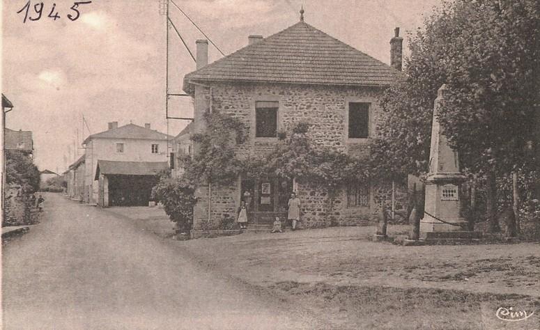 DL041-place église 1945